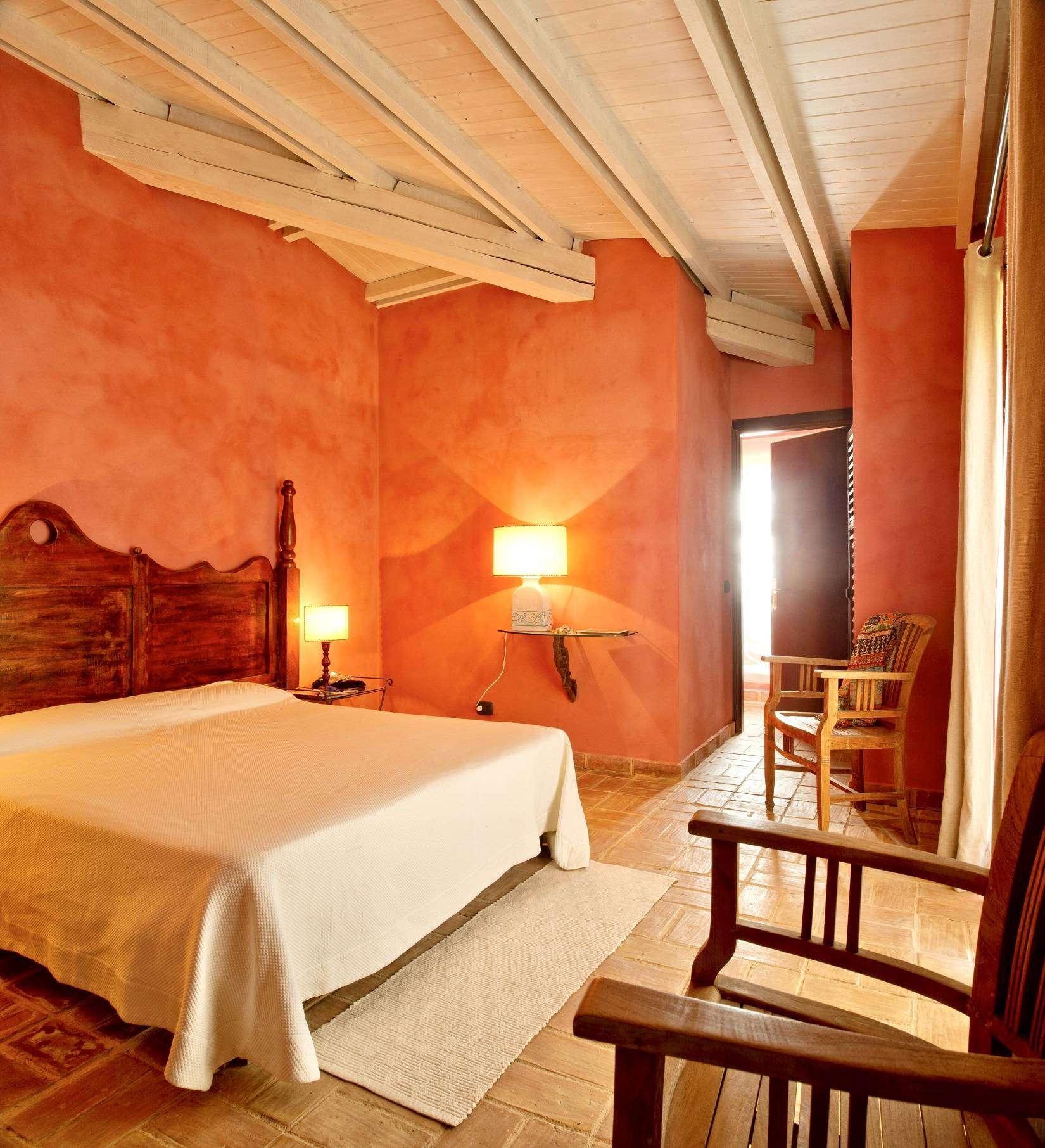 12 Afrodite Double bedroom