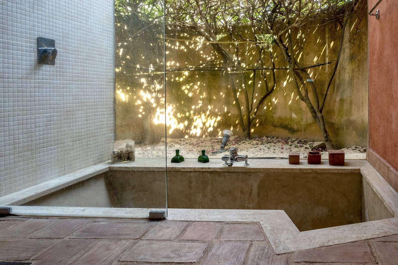 14 Afrodite Bath tub