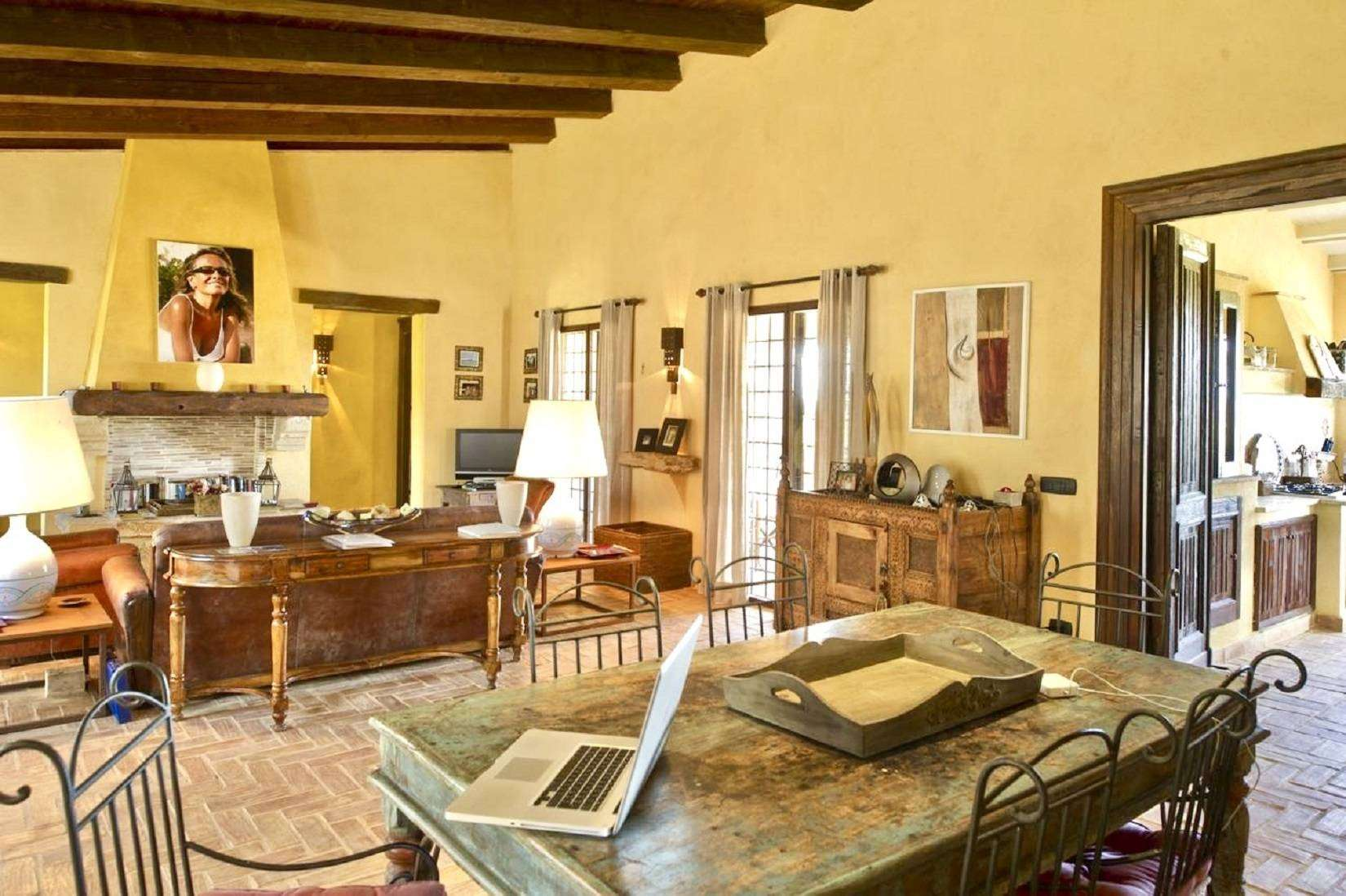 9 Afrodite Living room