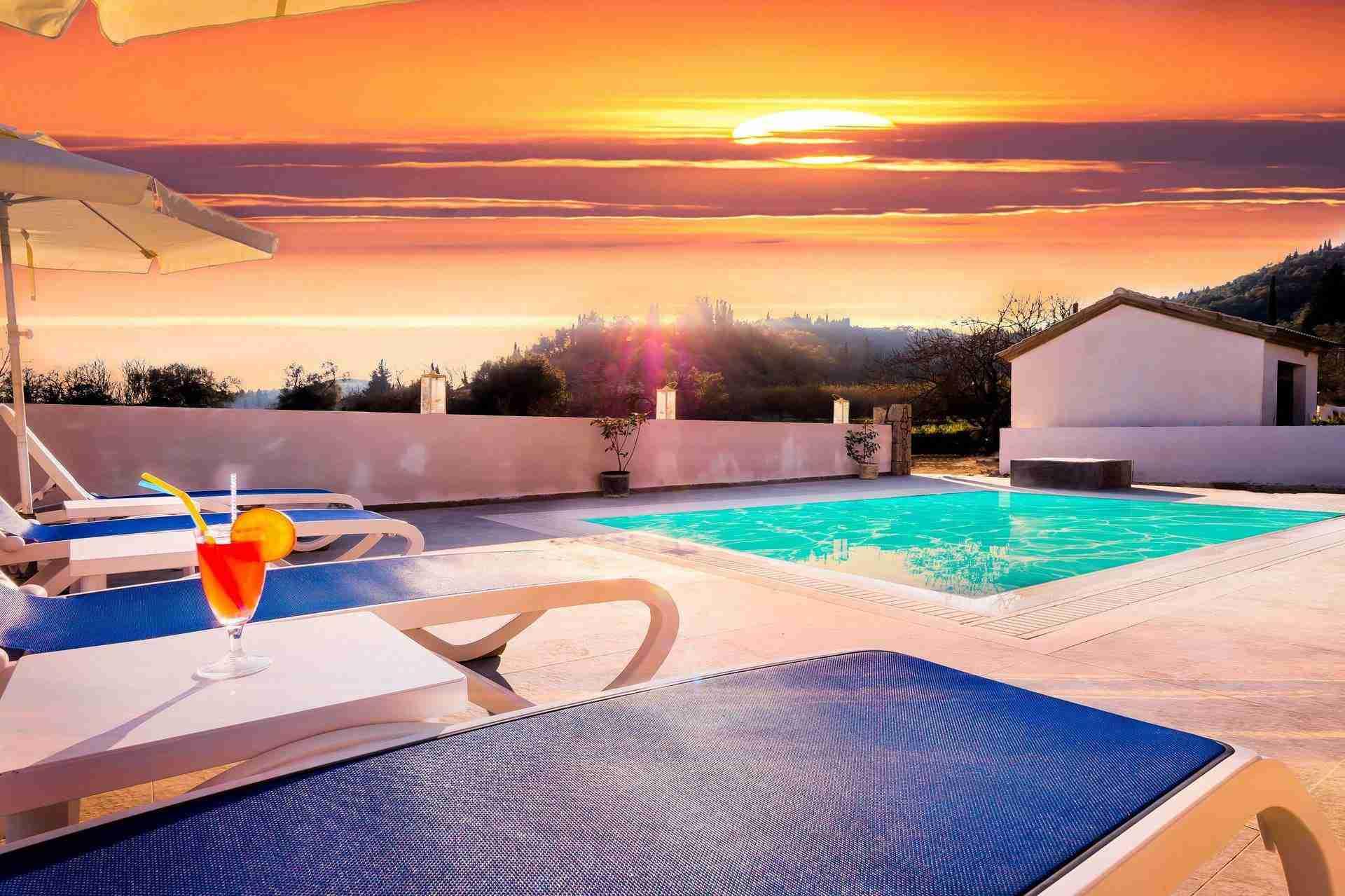 22 Petra sunset pool