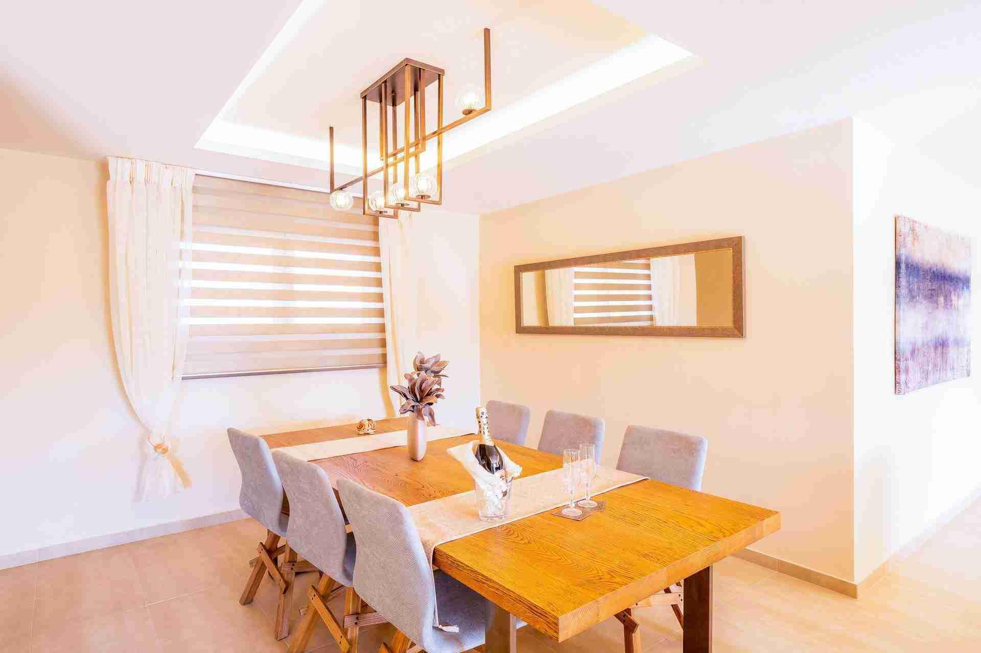 12 Petra dining room