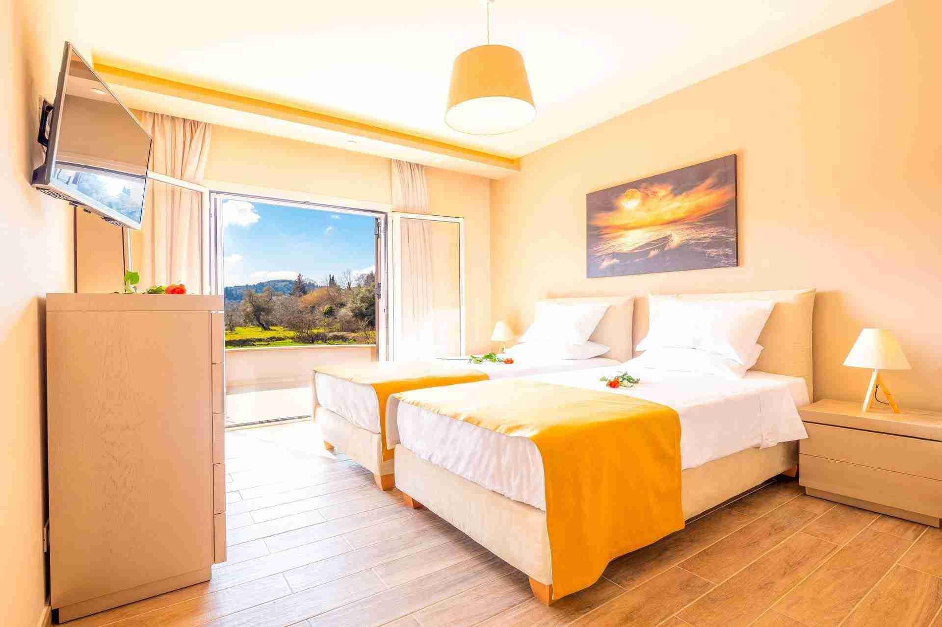 18 Petra twin bedroom