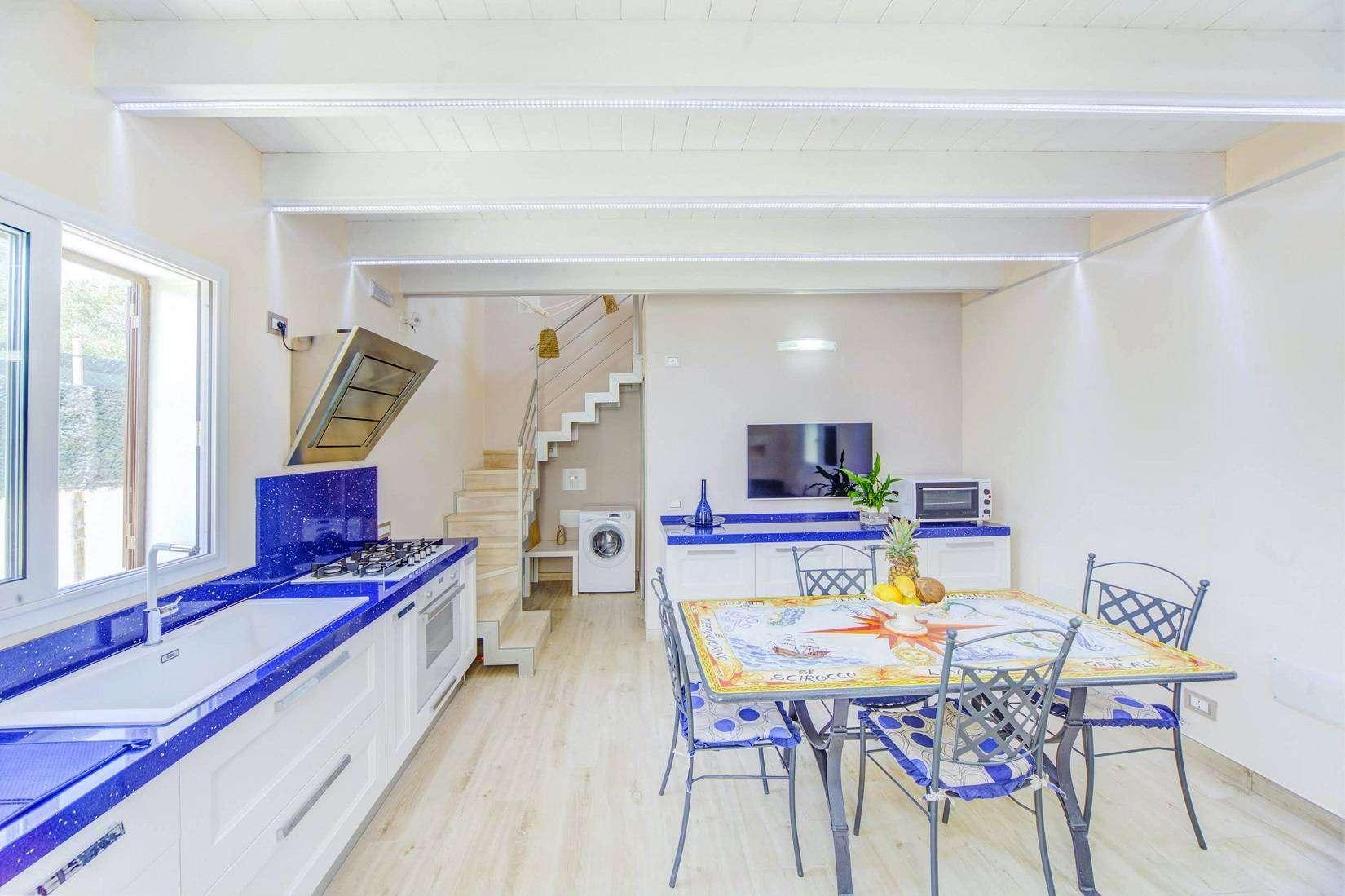 10 Avola Kitchen