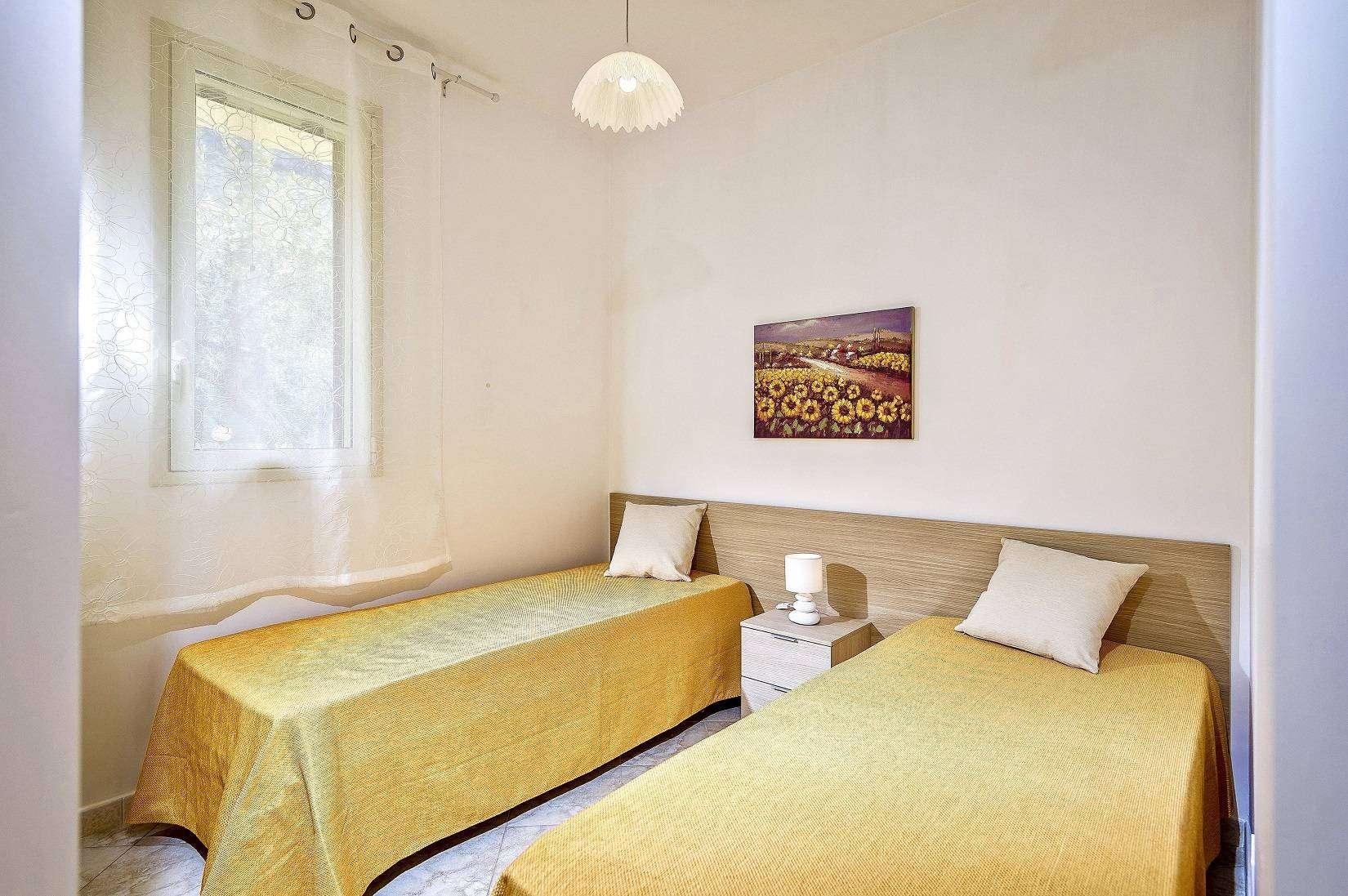 11 Zagara Twin bedroom