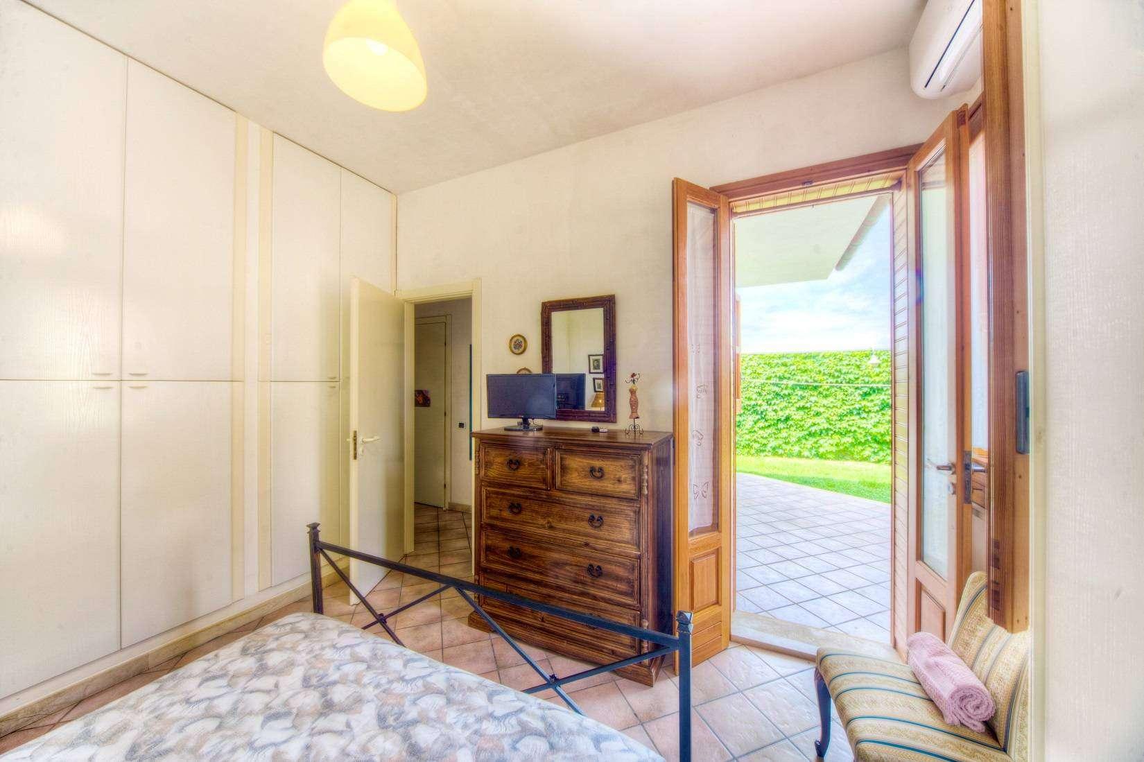 13 Brucarella Double bedroom