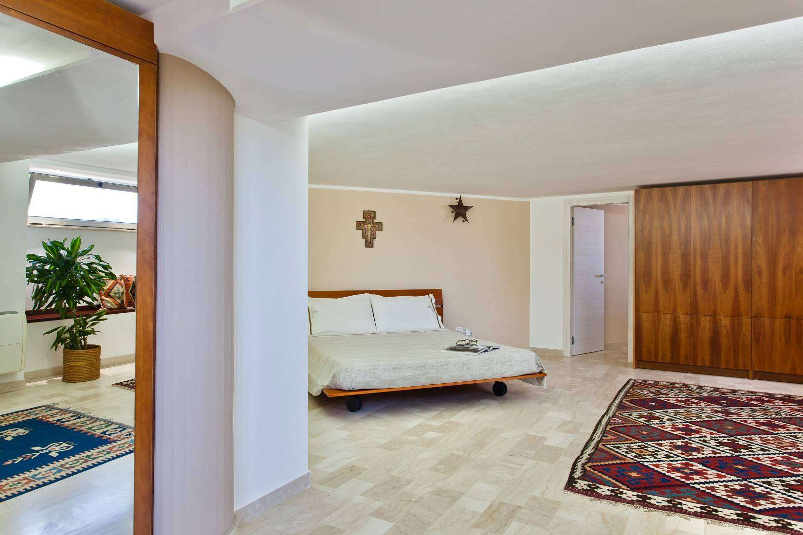 13 Infinity Double Bedroom