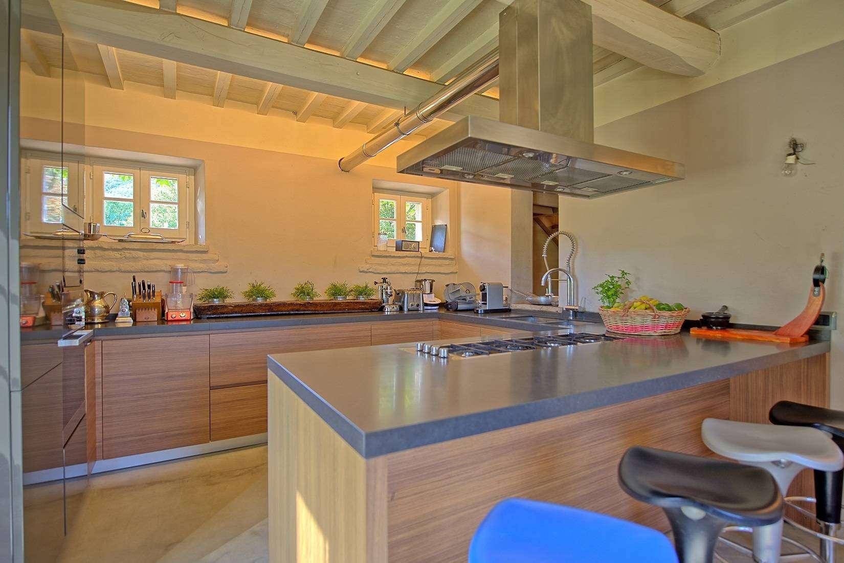 13 Jacopo Kitchen
