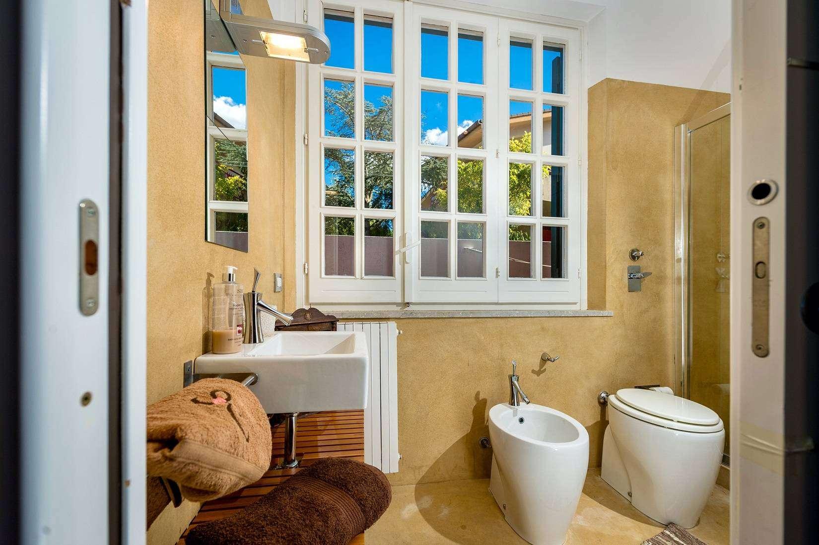 14 Dei Mori bathroom