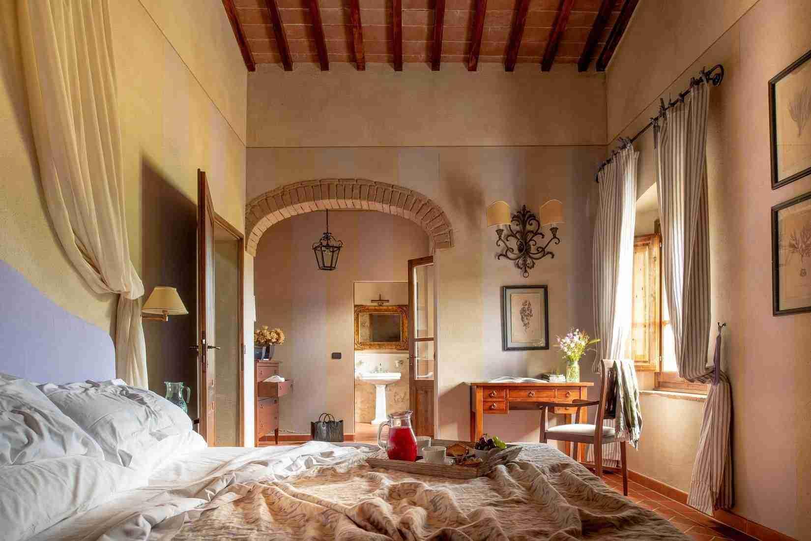13 Fiorenza Double Bedroom