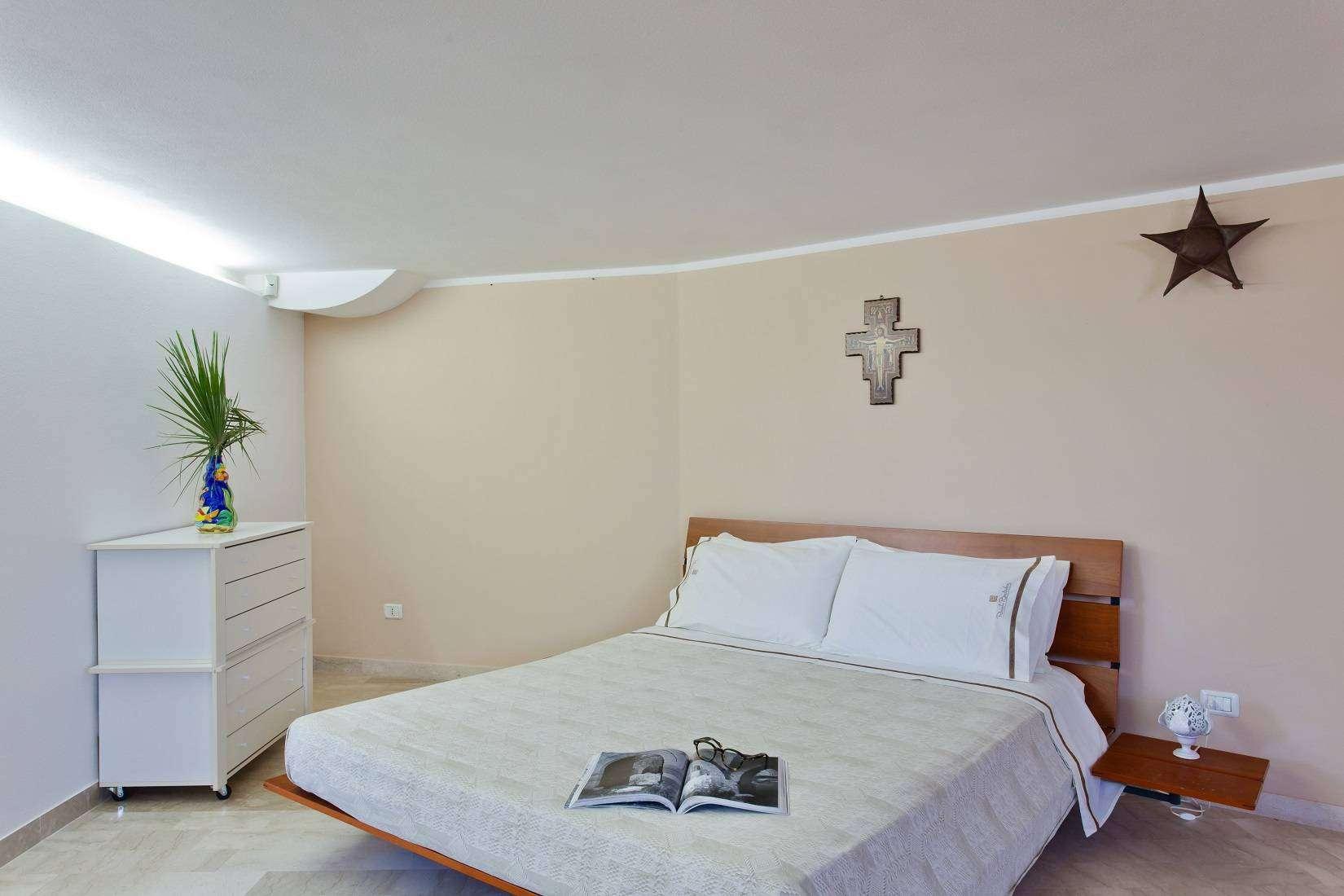 14 Infinity Double Bedroom
