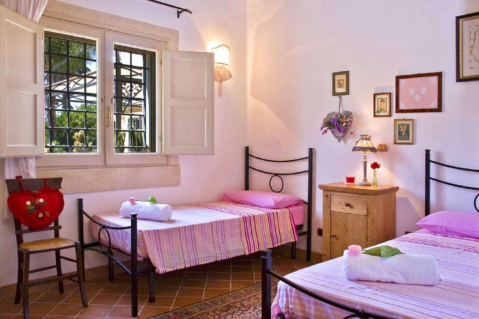 14 Lucia Twin Bedroom
