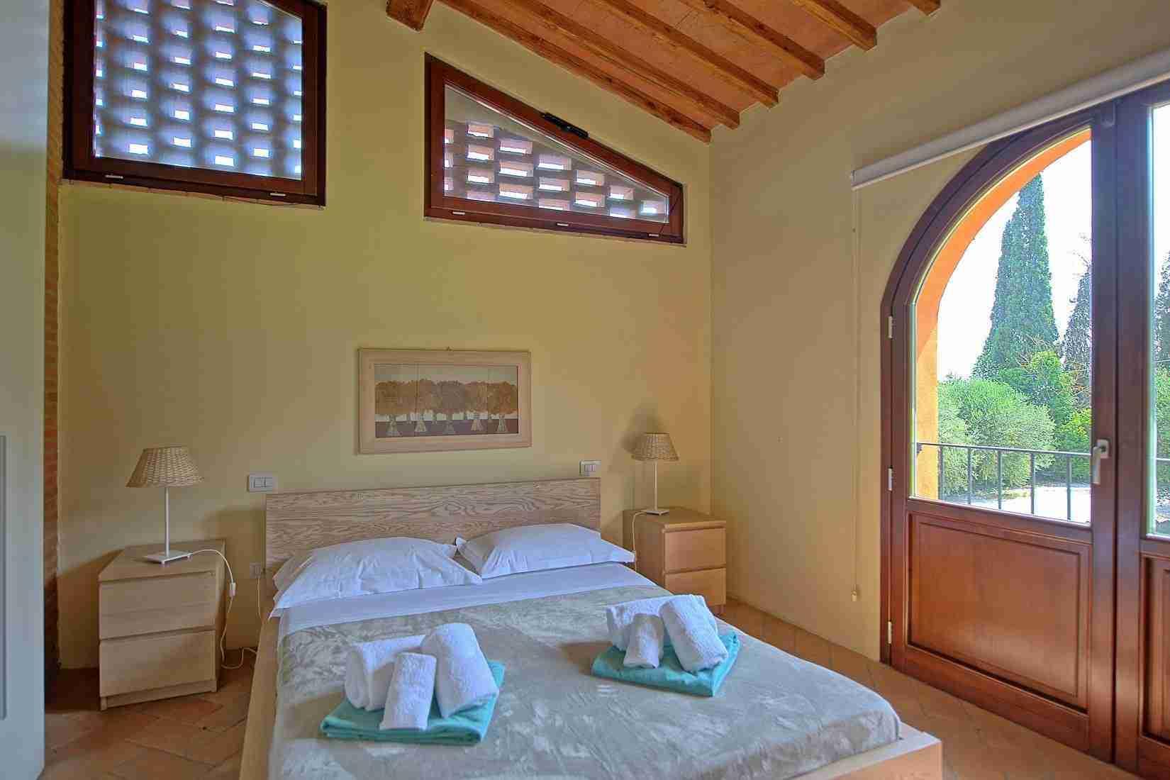 14 Ranieri double bedroom