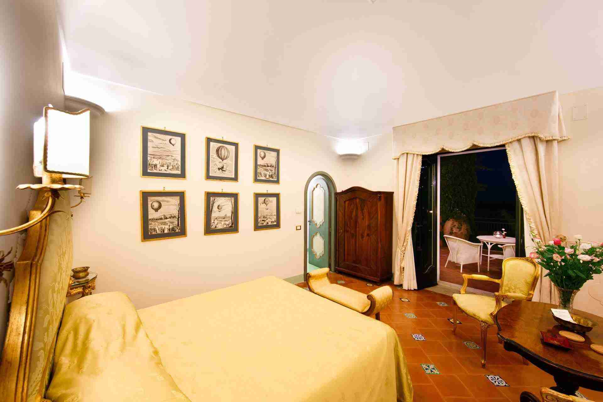 17 Positano double bedroom