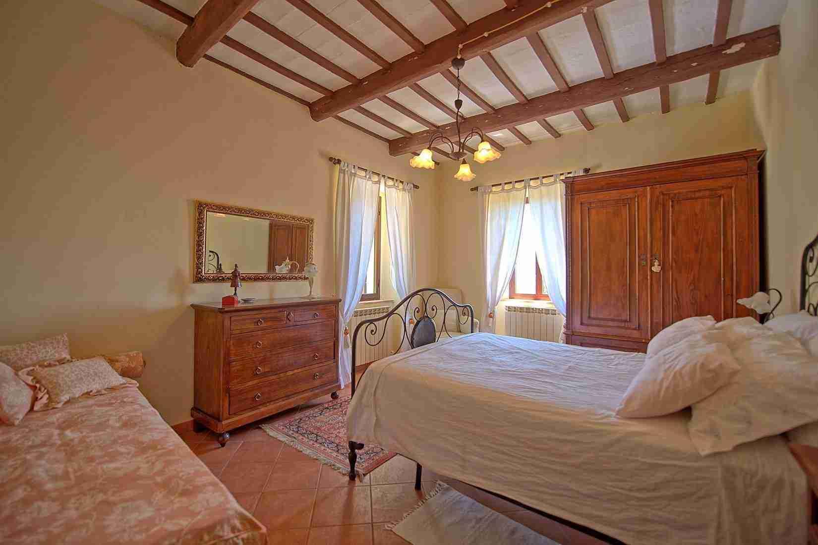 15 Clara double bedroom