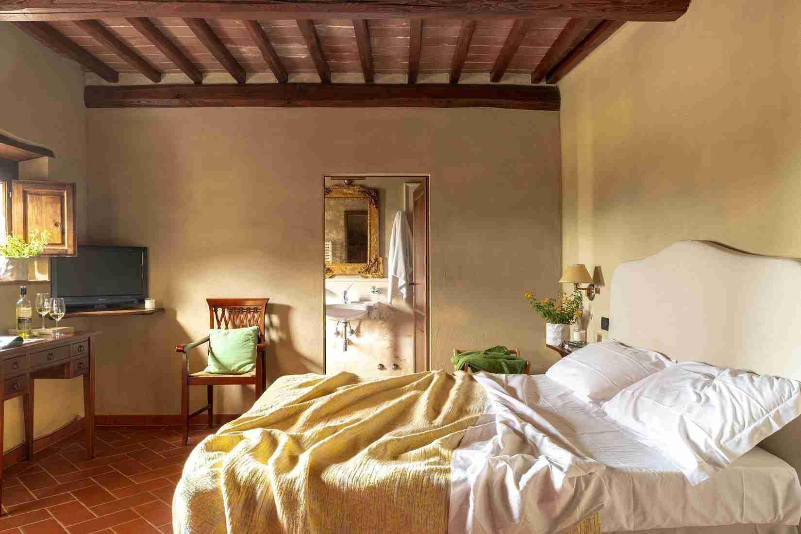 14 Fiorenza Double Bedroom