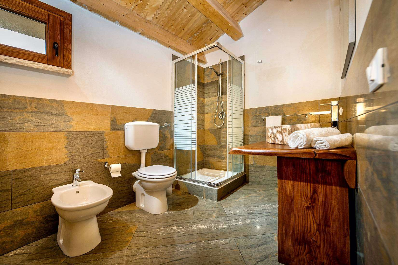 15 Le Muse Bathroom