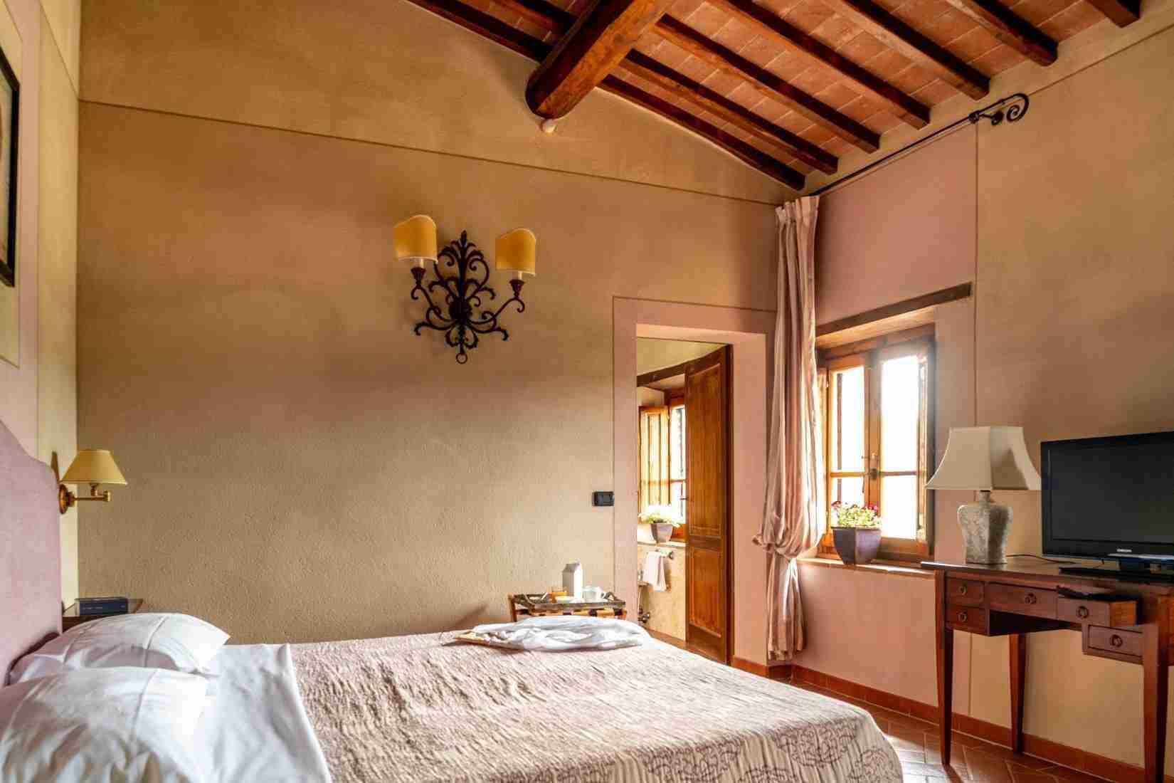 15 Fiorenza Double Bedroom