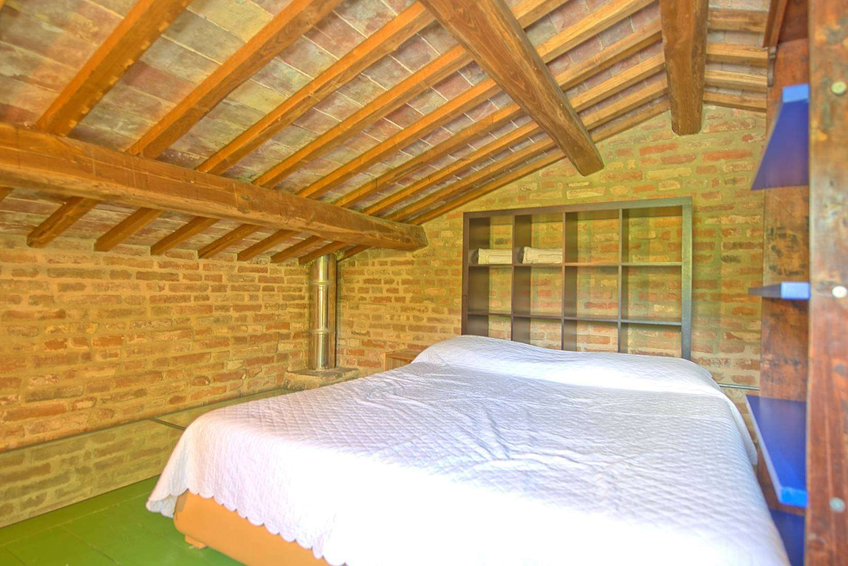 16 Jacopo Double bedroom