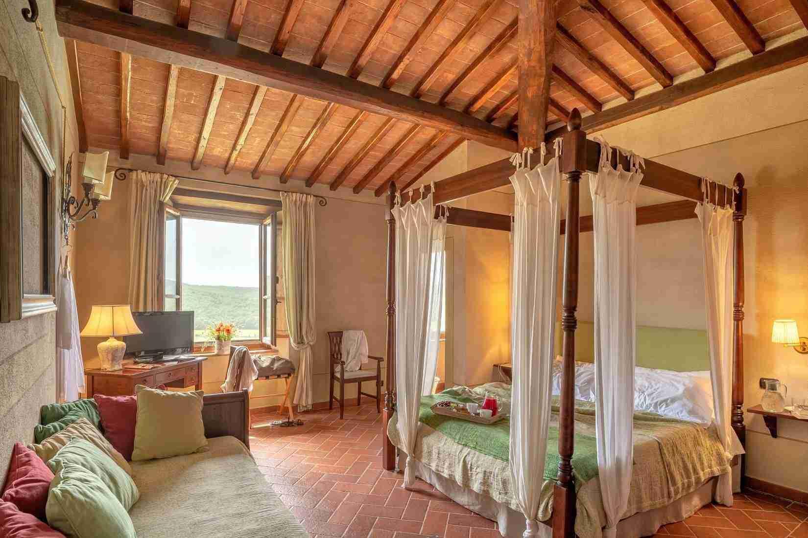18 Fiorenza Bedroom