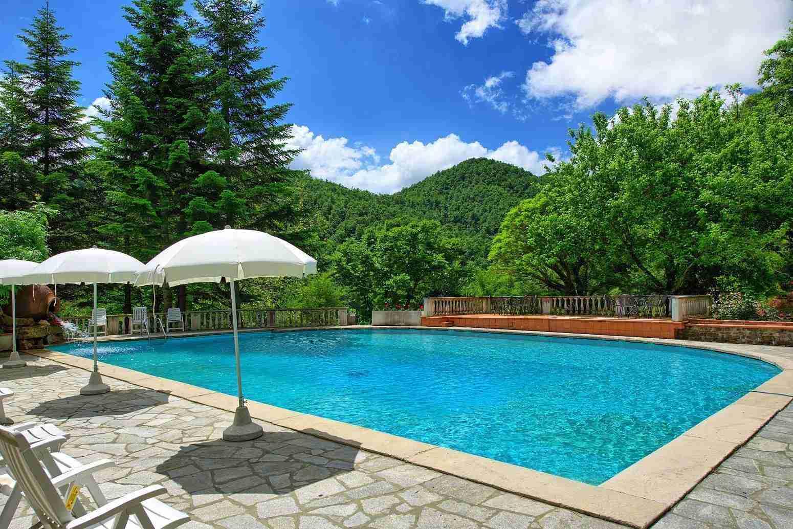 2 Etruria pool