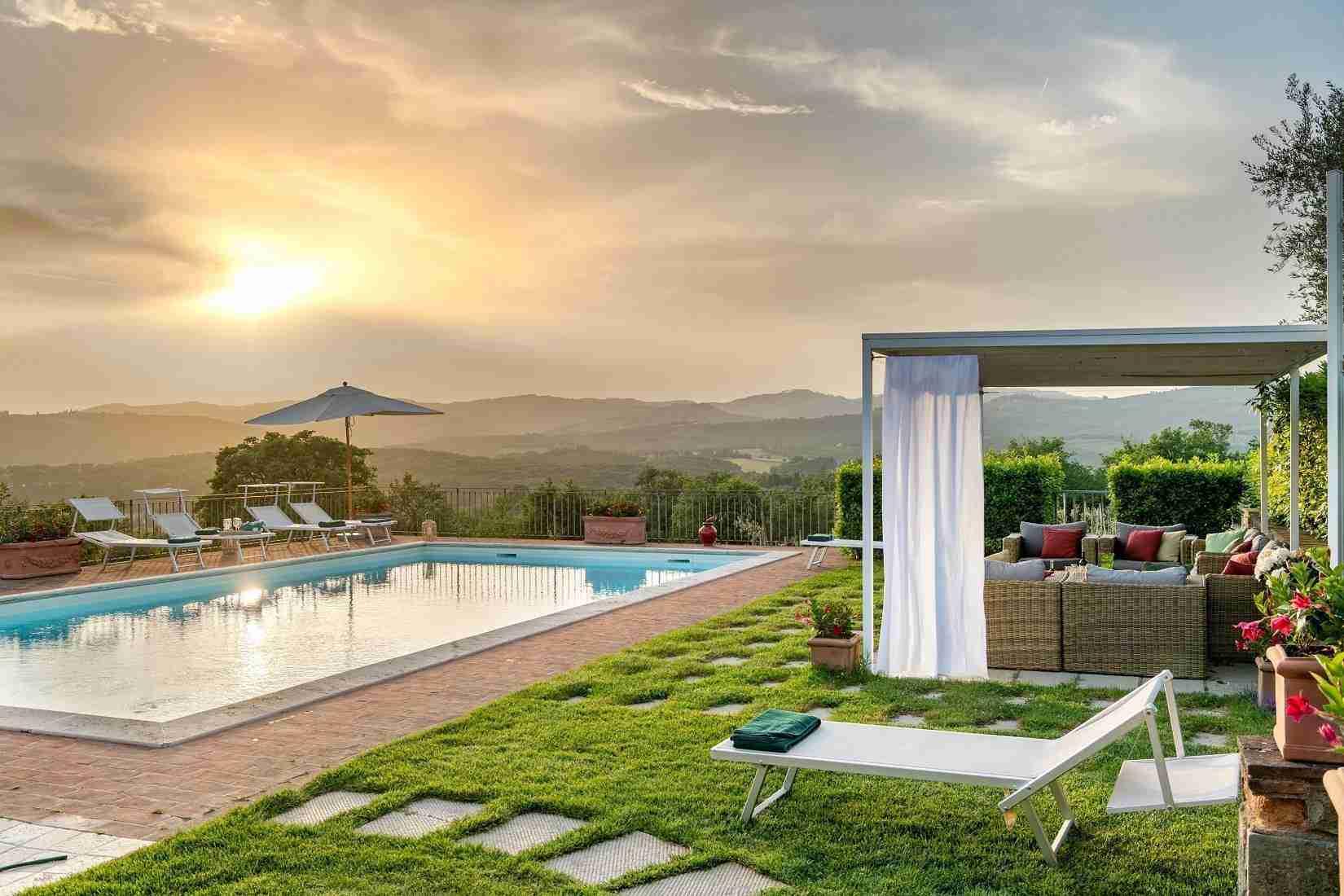 2 Fiorenza Sunset Pool