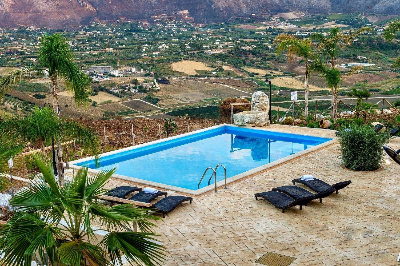 20 Le Muse Pool