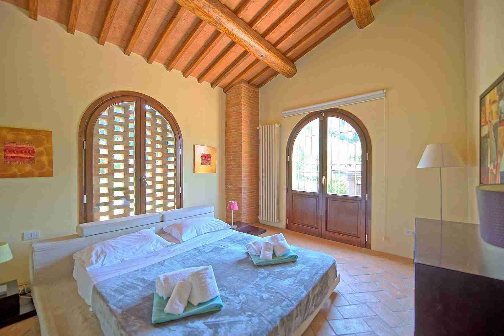 20 Ranieri double bedroom