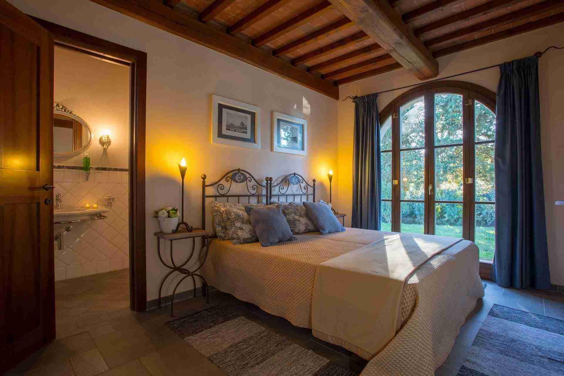 15 Dante Bedroom