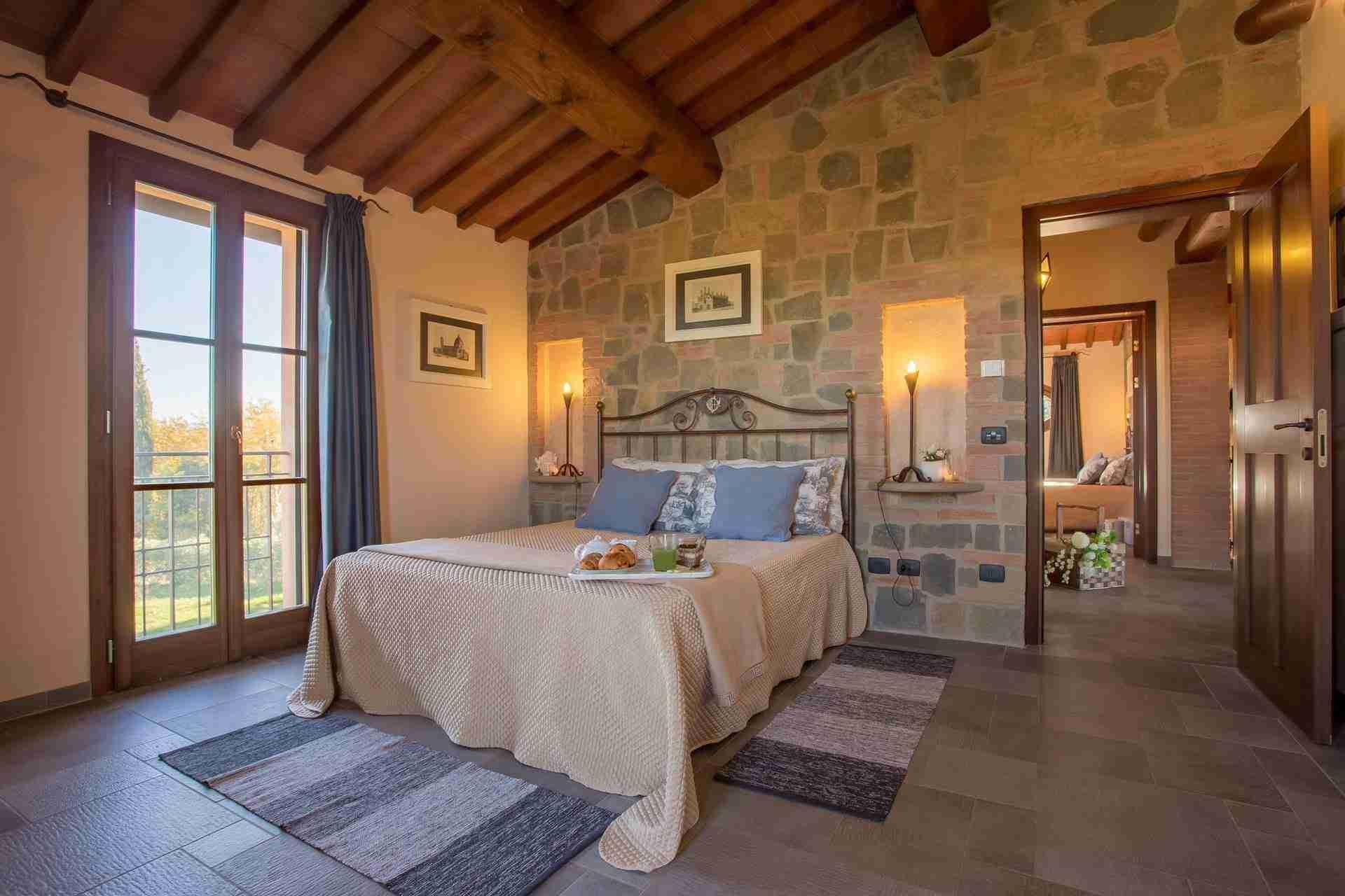 16 Dante Bedroom
