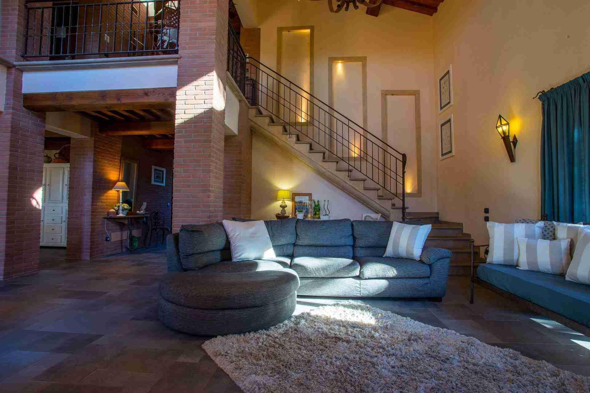 9 Dante Living Room
