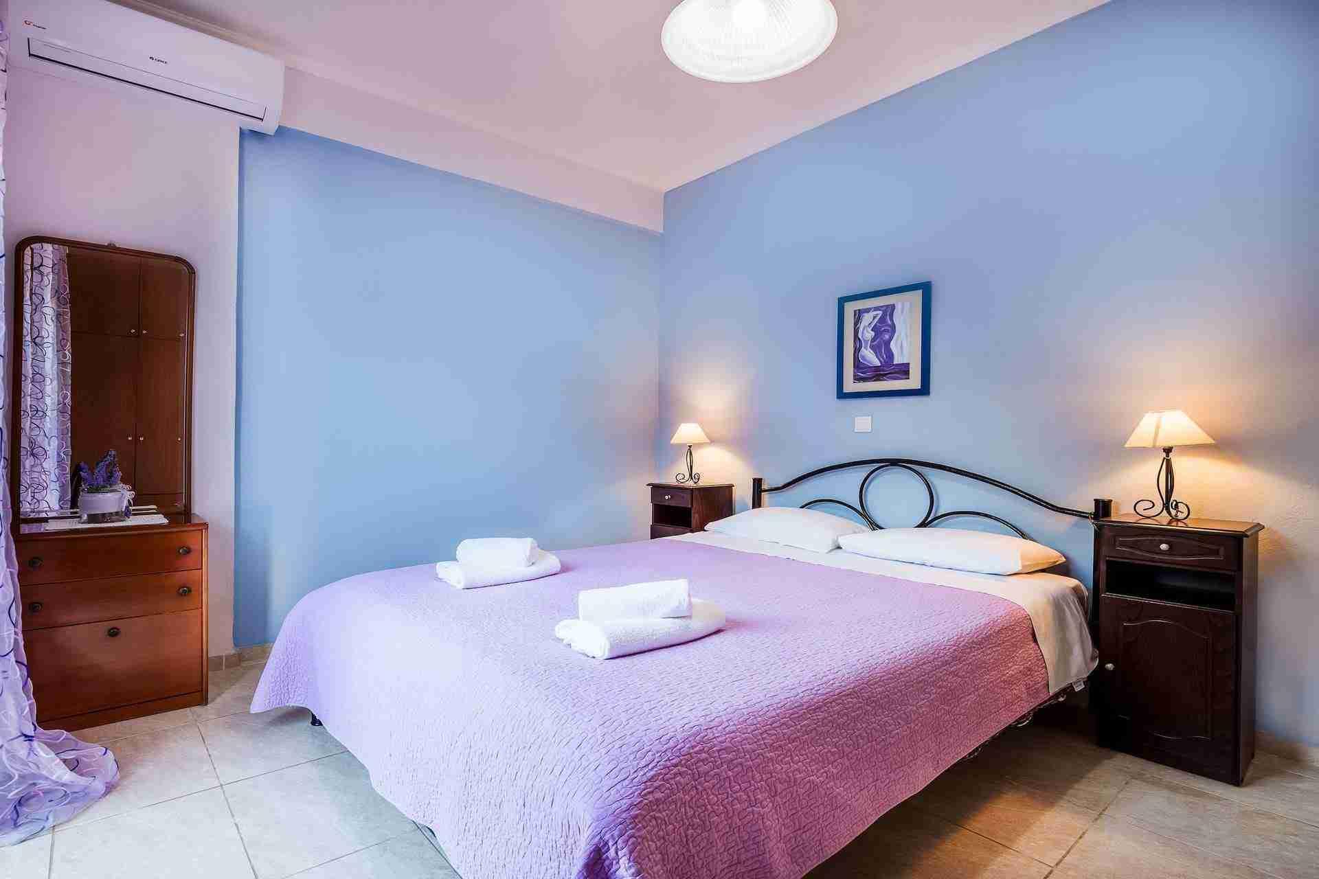 15 Athena Bedroom
