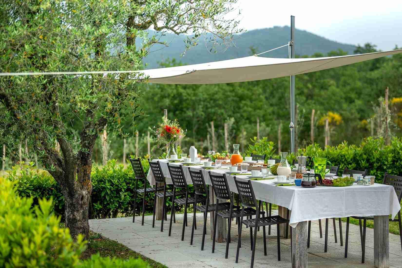 25 Fiorenza Outdoor Dine