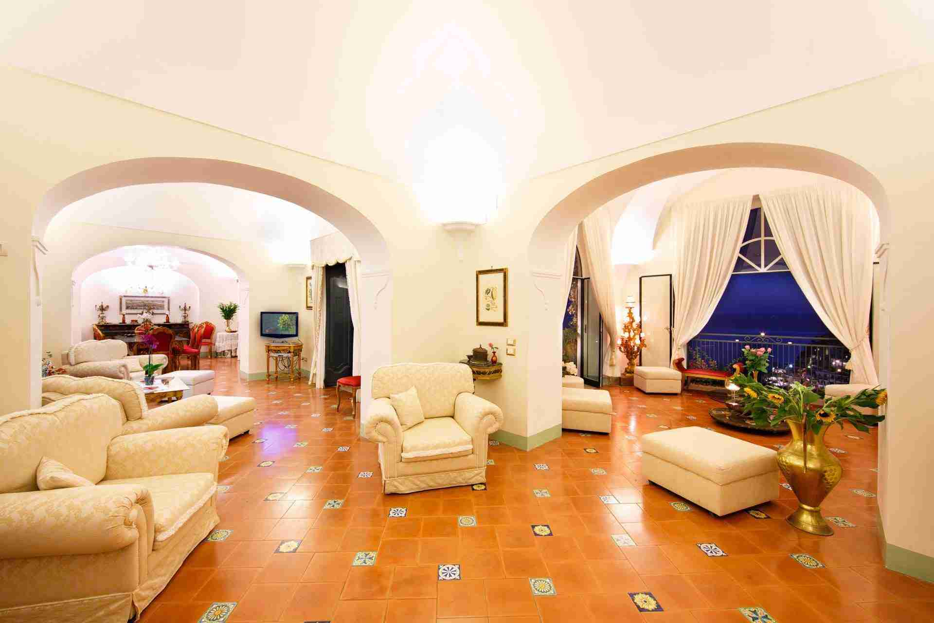 31 Positano living room