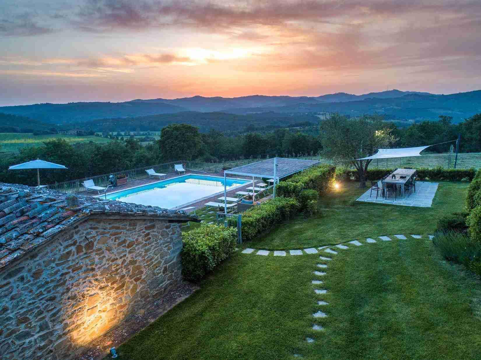 27 Fiorenza Sunset Pool