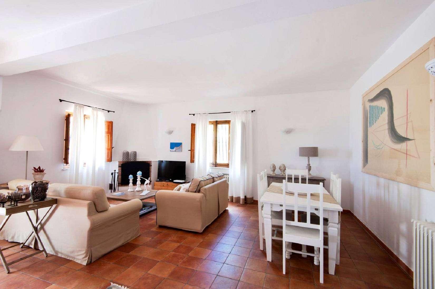 3 La Rocca Living room