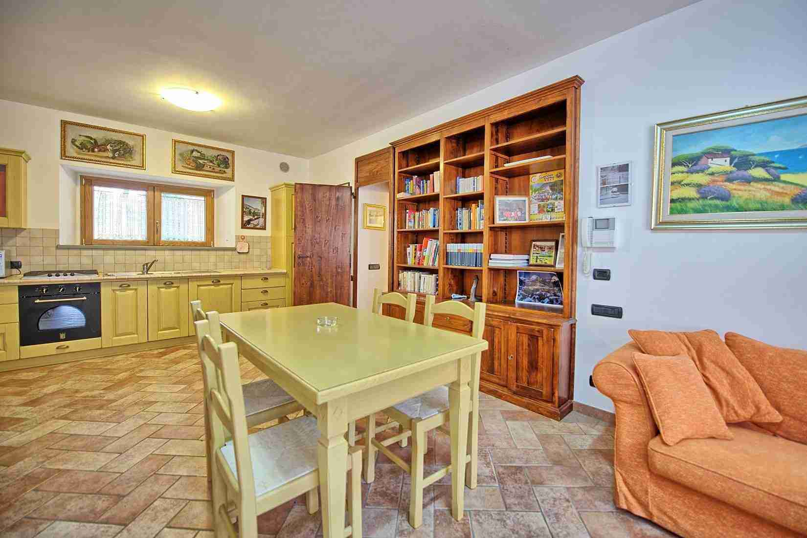 31 Etruria kitchen