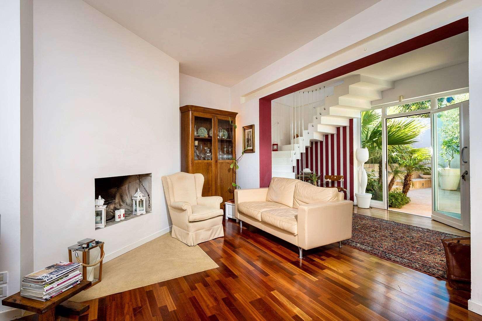 4 Dei Mori living room