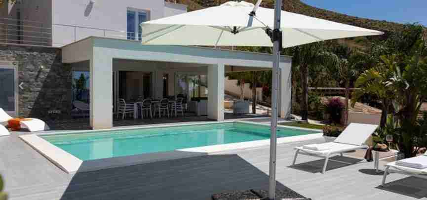 4 Iris private pool
