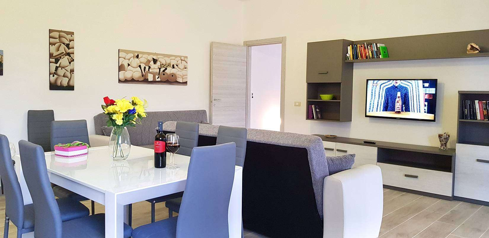 5 Delfina Living Room