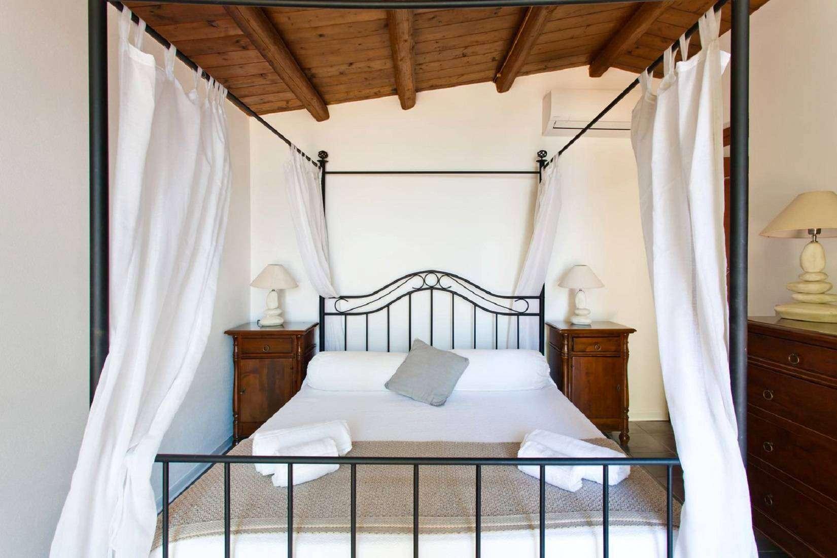 5 La Rocca Double bedroom