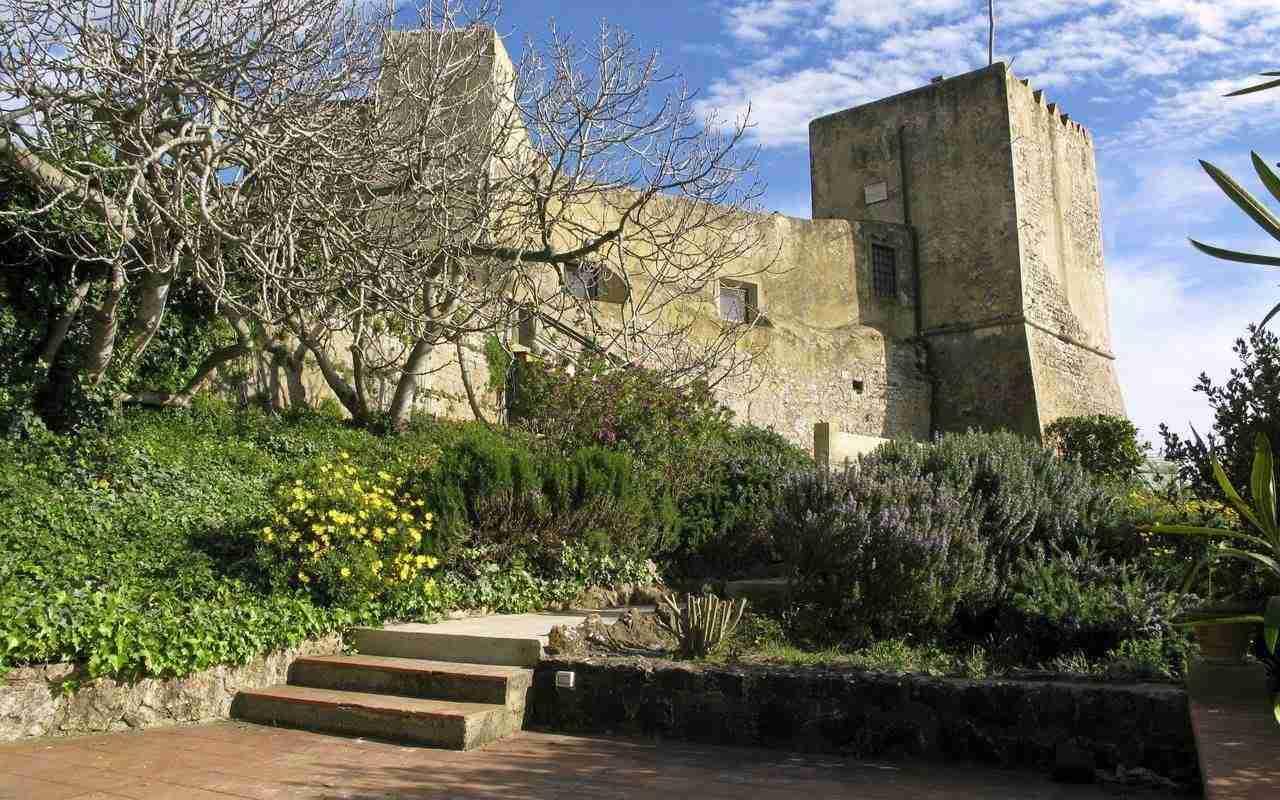 11 Mura del Bastione Castle Entrance