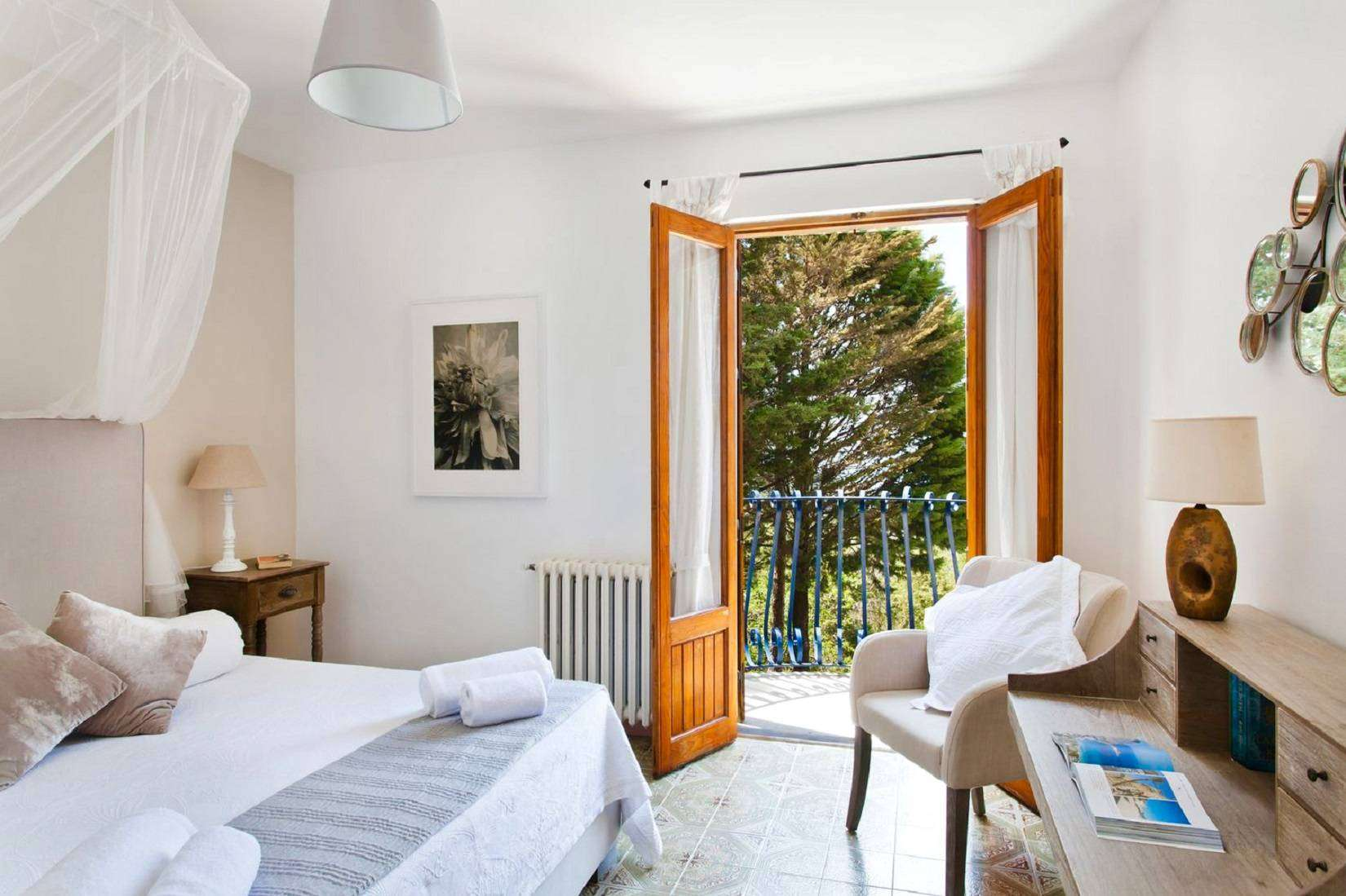 6 La Rocca Double bedroom