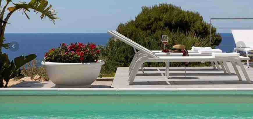 7 Iris private pool