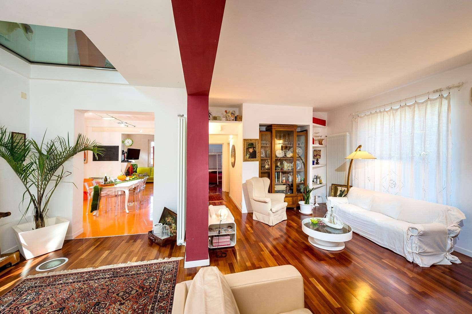 8 Dei Mori living room