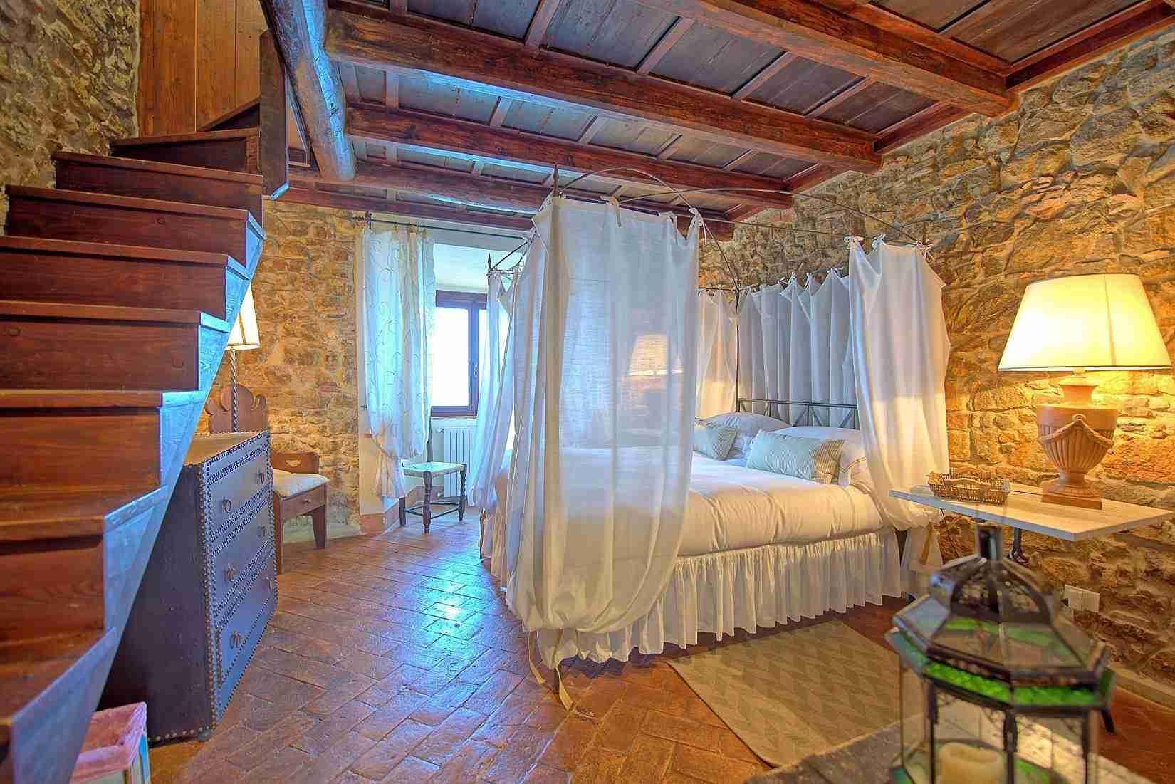 13 Mura del Bastione Master Bedroom