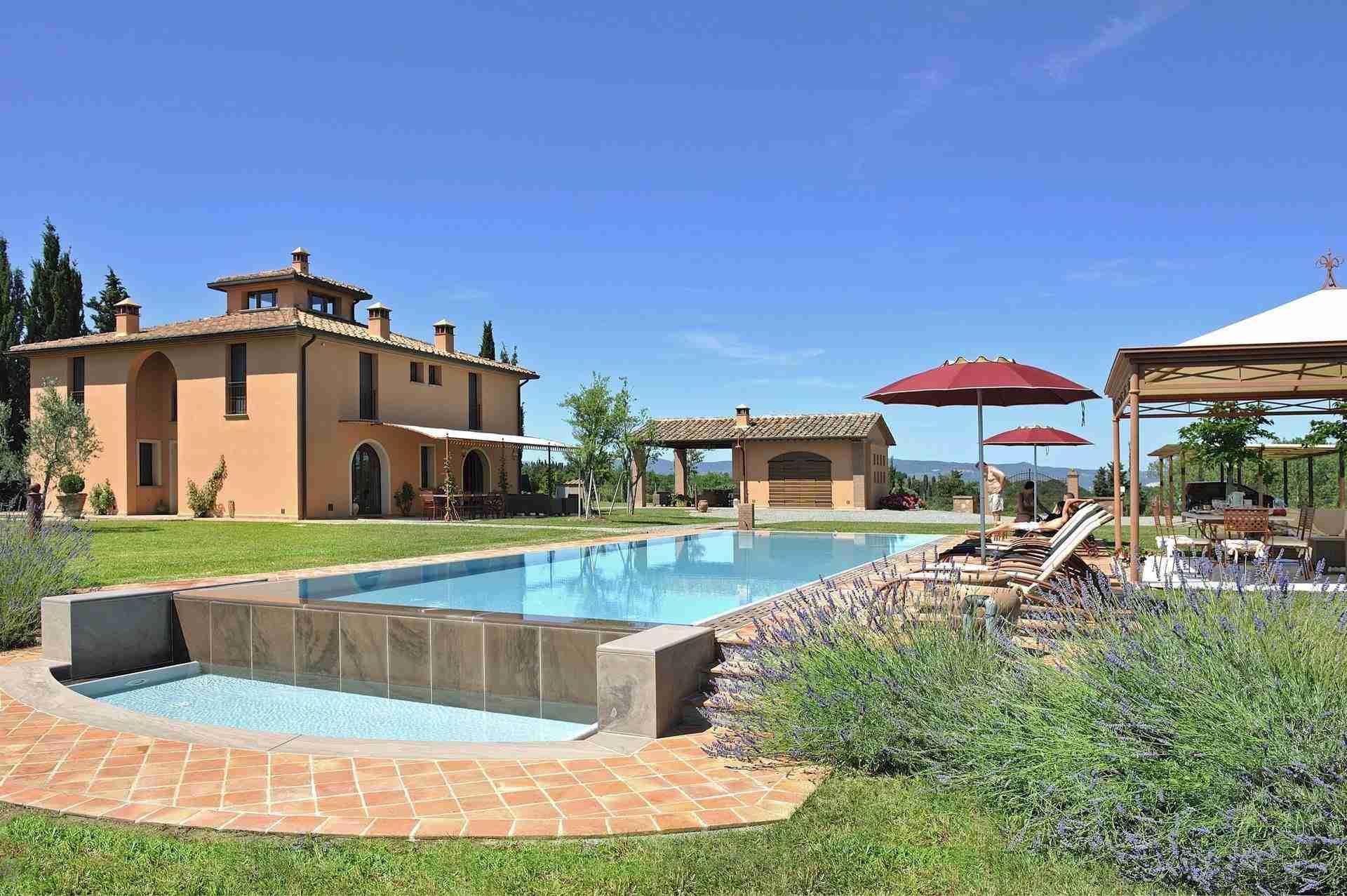 6 Dante Pool and garden